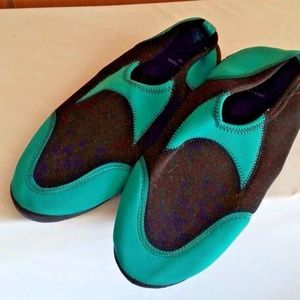 Water-Shoes-Unisex-Teal-Foot-Protection Swimwear